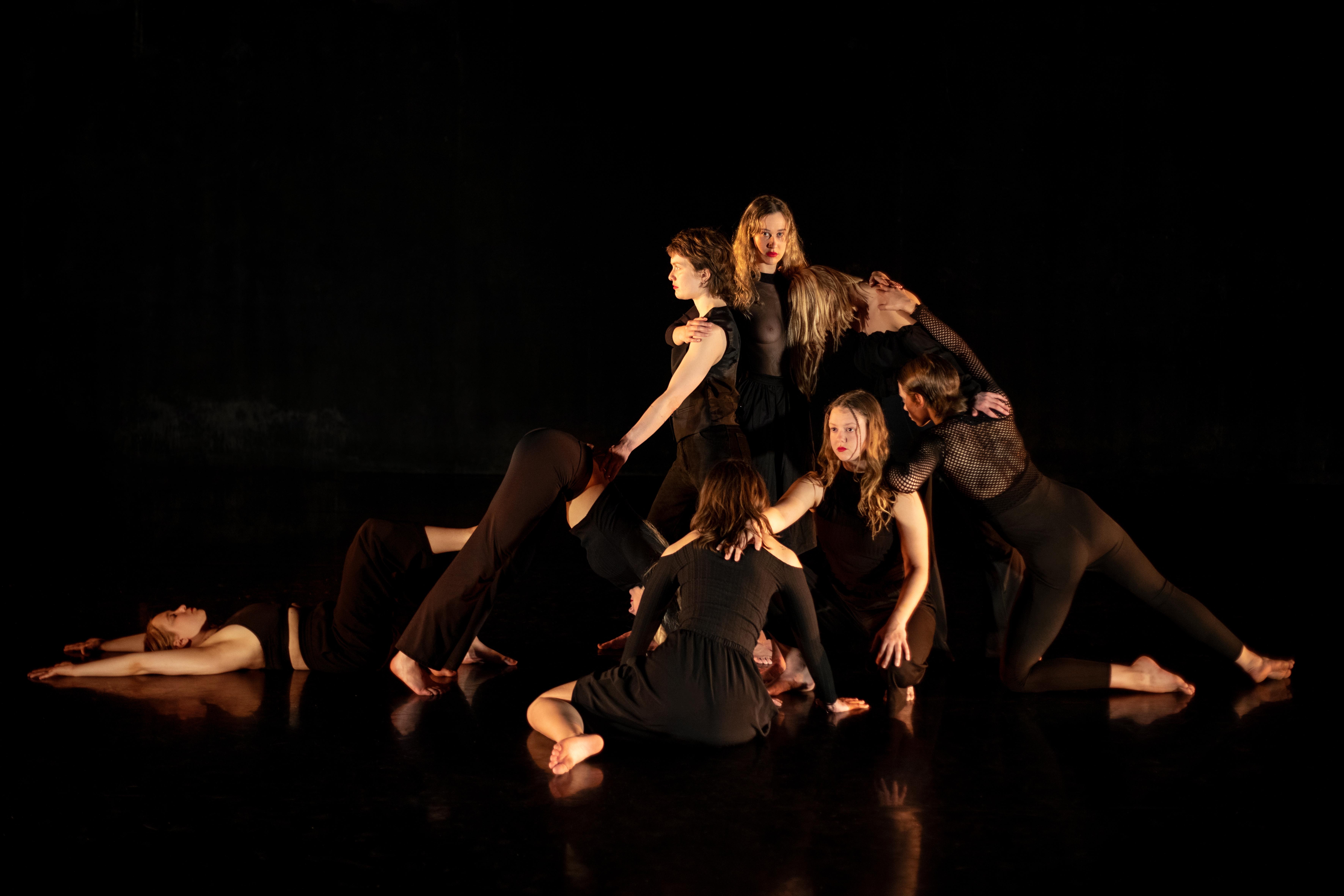 performance_anna_kolfinna_antjetaiga2.jpg